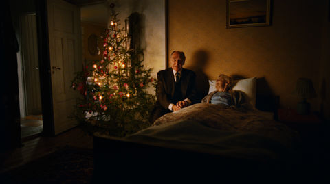 home-for-christmas_stills_Total_old-man_wife-in-the-bed.jpg