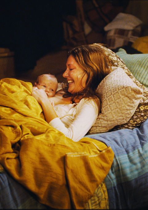 home-for-christmas_stills_mamma_newborn-child_happy.jpg